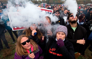 This crowd of demonstrators assembled at the White House to agitate against regulation of their favorite nicotine-delivery devices.